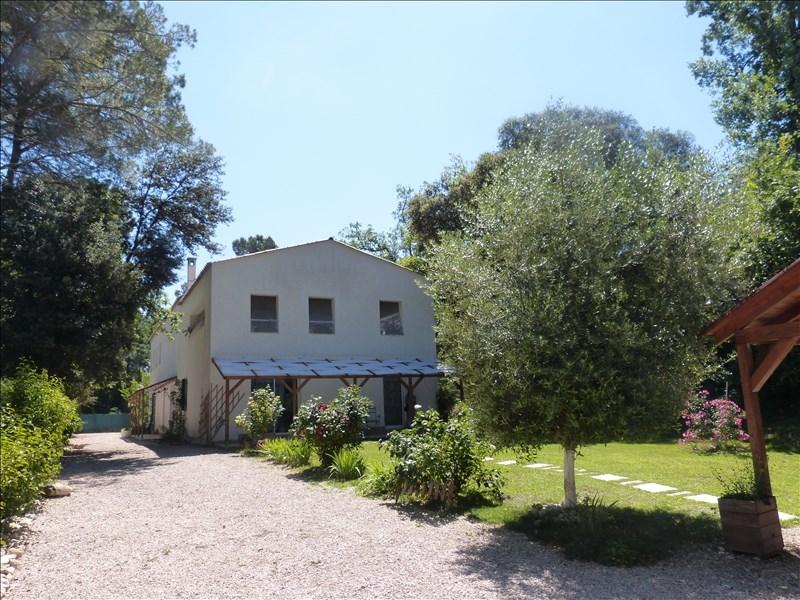 Grande maison contemporaine de 400m² avec piscine au Nord d'Aix en Provence