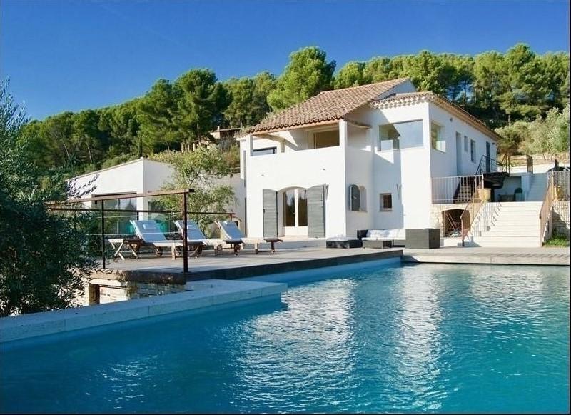 Figuière Habitat vous propose une belle villa contemporaine sur le quartier de Pey Blanc à Aix-en-Provence