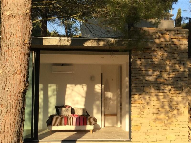 Une Maison Moderne à Ventabren
