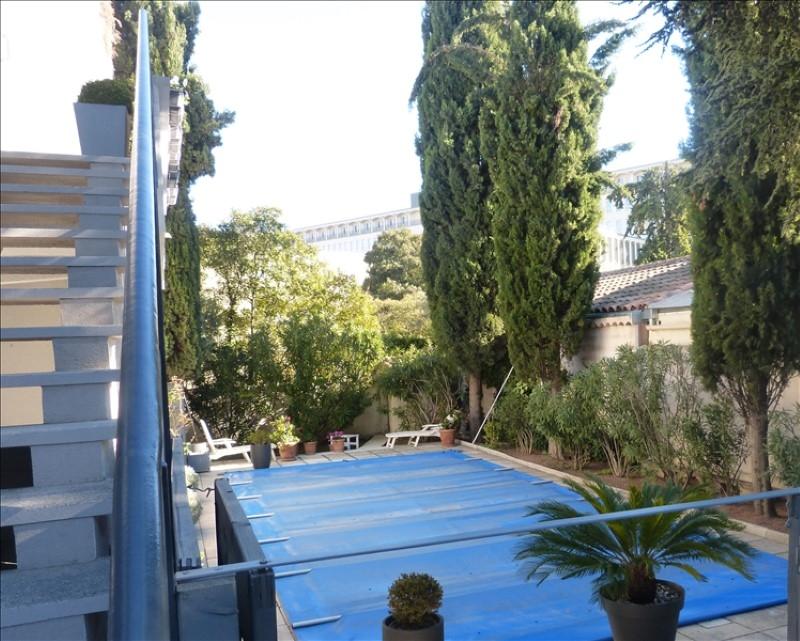 A proximité des Facultés d'Aix, villa de 222m² rénovée avec jardin et piscine