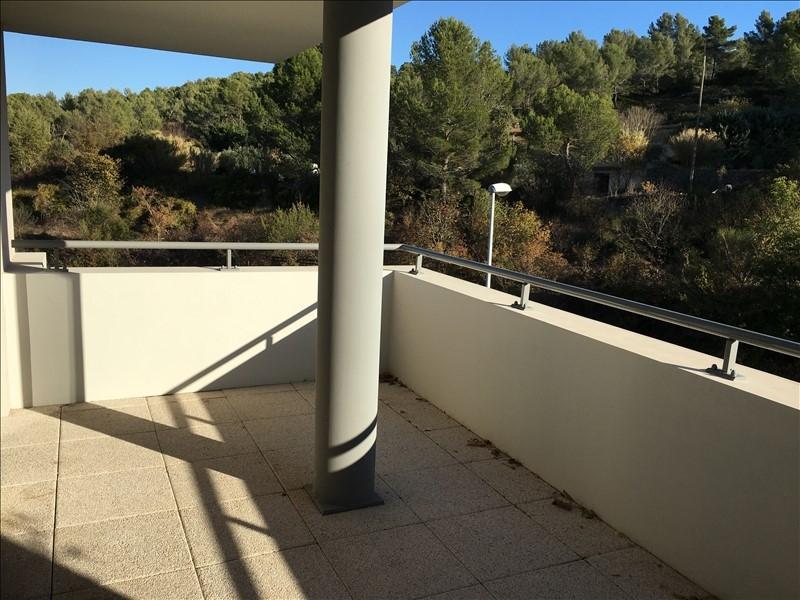 Aix en Provence sud T3  en dernier étage avec 2 terrasses box et parking