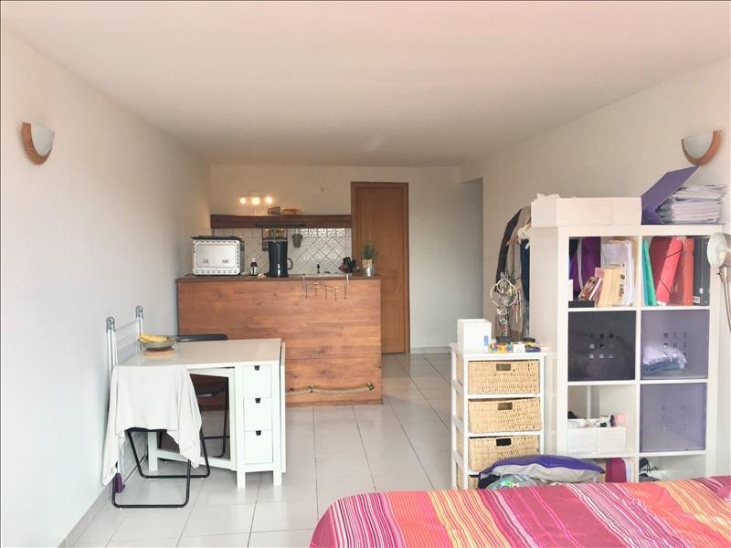 Aix en provence centre historique t1 avec balcon plein sud for Location meuble aix en provence