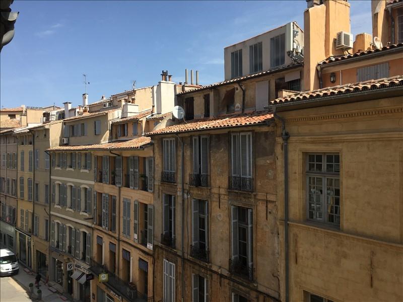 Aix en Provence proche du Palais de justice un grand studio