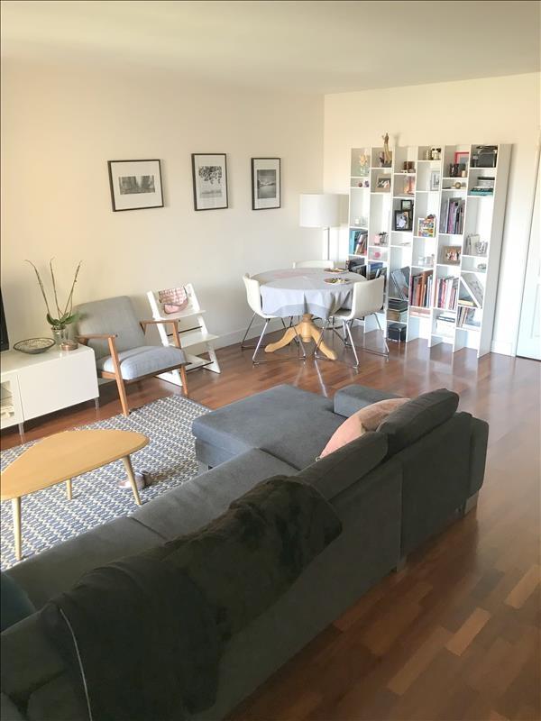 Aix-en-Provence centre-ville, Figuière Habitat vend un T4 avec terrasse et parking dans une résidence récente
