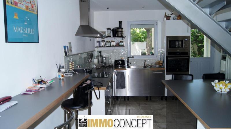MAISON T4  plus dépendance en campagne 13300 Salon de Provence  GJ