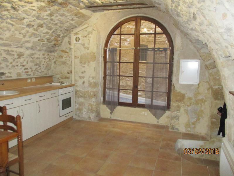 APPARTEMENT T1 13680 Lançon Provence