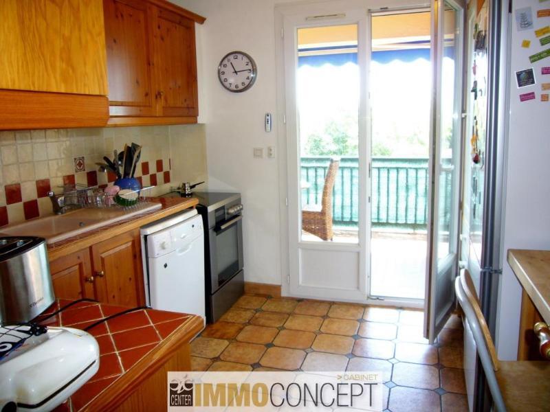 APPARTEMENT T6 dernier étage 13300 Salon de Provence proximité centre ville GJ