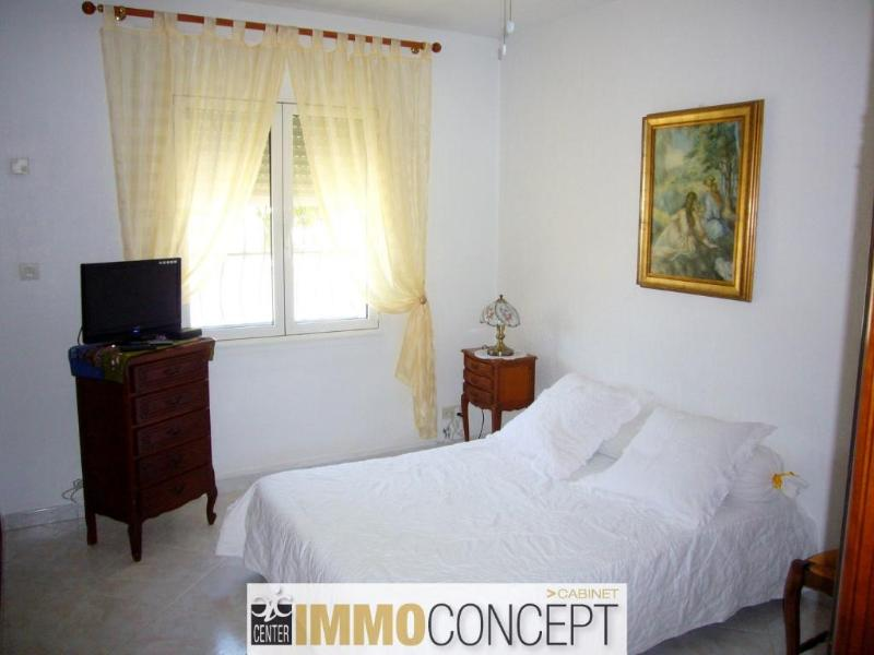Maison t5 plain pied centre ville 13300 salon de provence for 13300 salon de provence