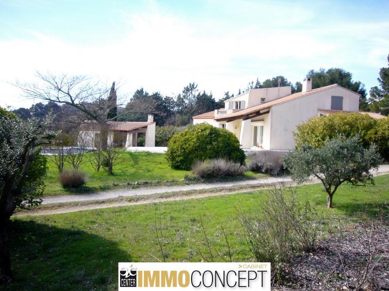 MAISON T8 13250 Cornillon-Confoux