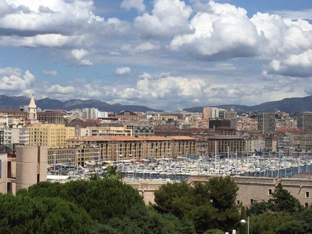 Appartement  T4 Appartement Type 4 de 80 m2 vue Vieux Port Marseille