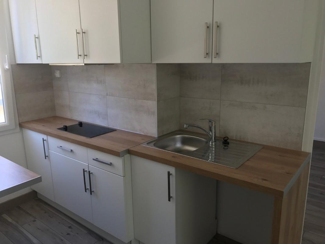 Appartement  T3 13004 MARSEILLE T3 refait à NEUF Marseille