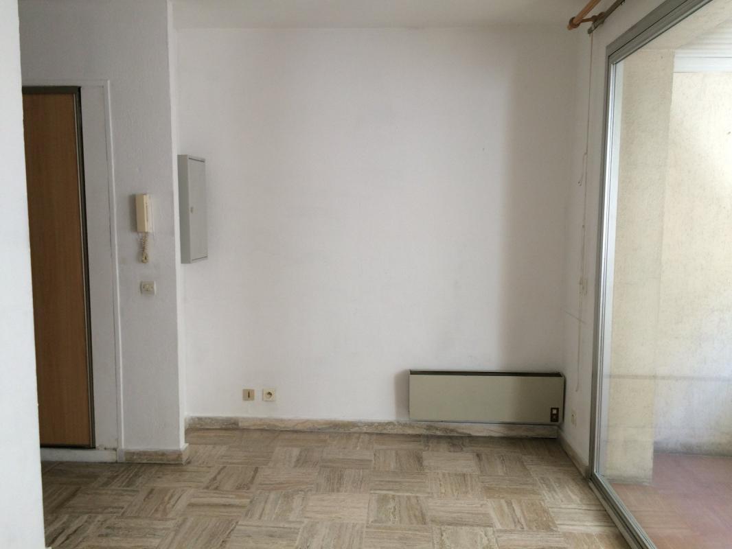 Appartement t1 13007 marseille marseille gestion locative for Appartement atypique marseille 13007