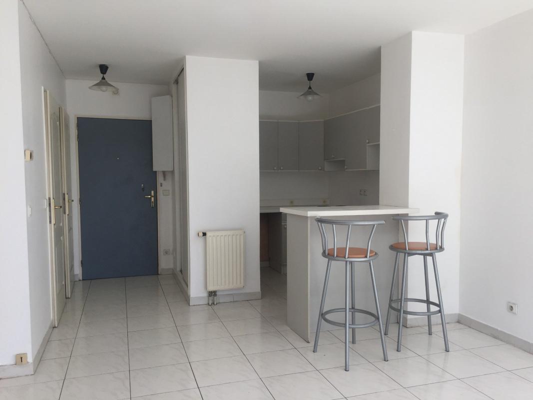 Appartement  T1 T1 14 RUE NEGRESKO Marseille