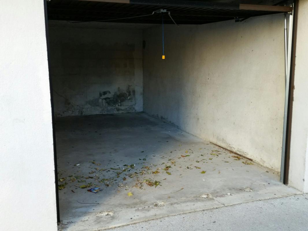 Appartement  T3 3 PIECES MARSEILLE 9ème Marseille