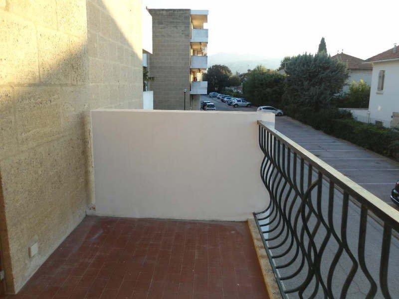 En location à Marseille 9 : appartement petite surface