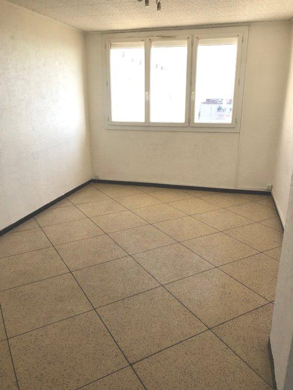Appartement de 50m dernier tage vue mer acheter 69000 for Acheter a marseille