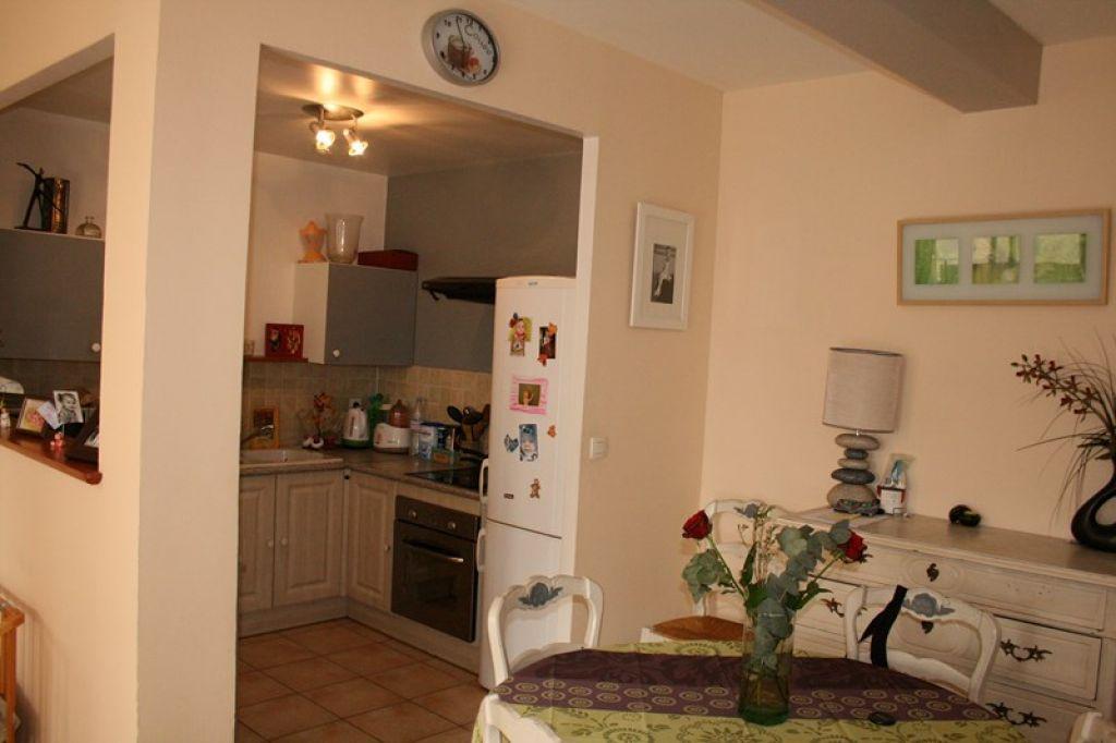 Appartement Le Beausset 3 pièce(s) 63 m2 avec terrasse