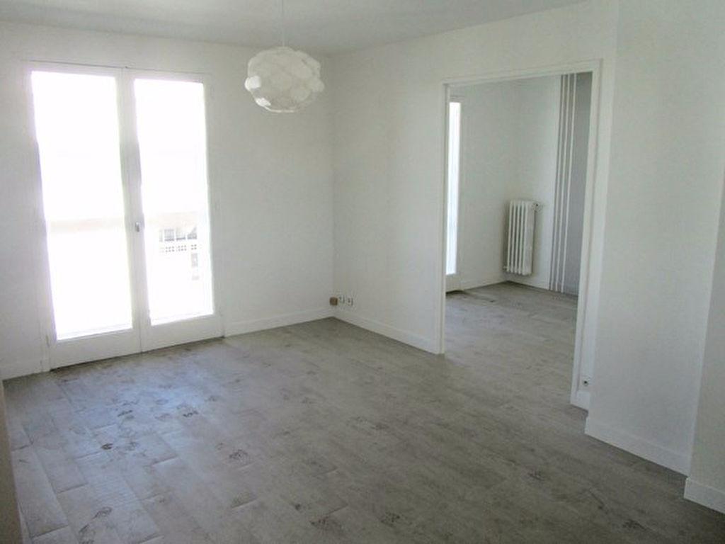 Appartement Toulon T4 Spacieux et lumineux Proche port et Mayol