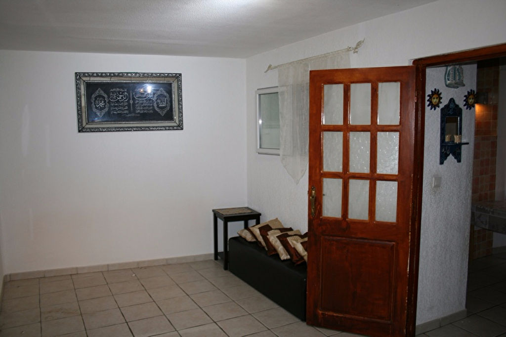 Maison de village de 120 m2 sur 3 niveaux LE BEAUSSET (83330)