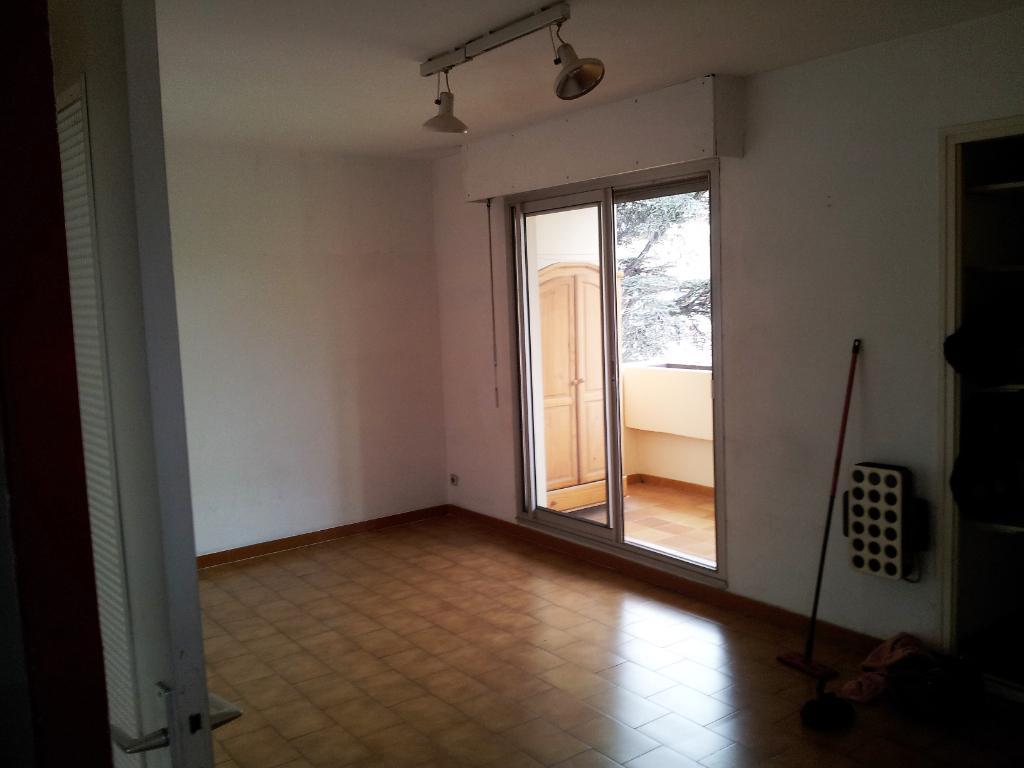 Appartement Toulon 1 pièce(s) 26,16 m2