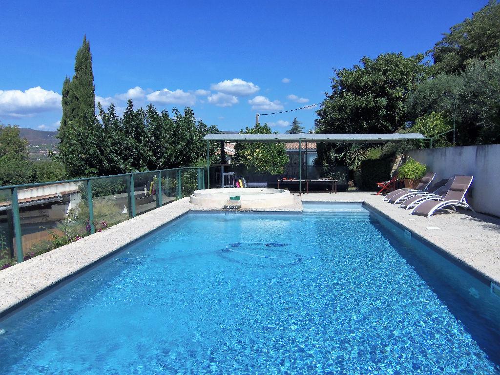 La Cadiere D Azur villa/Appartement 7 pièces - Vue panoramique - Secteur résidentiel