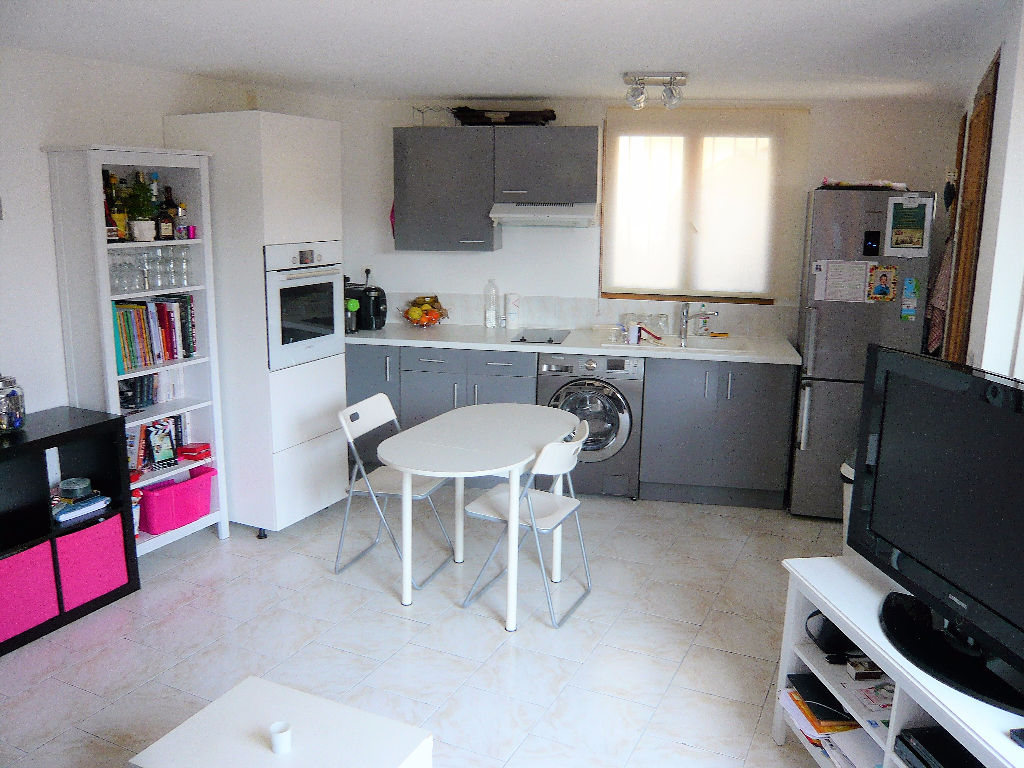 Appartement La Cadiere D Azur 2 pièce(s) 37 m2
