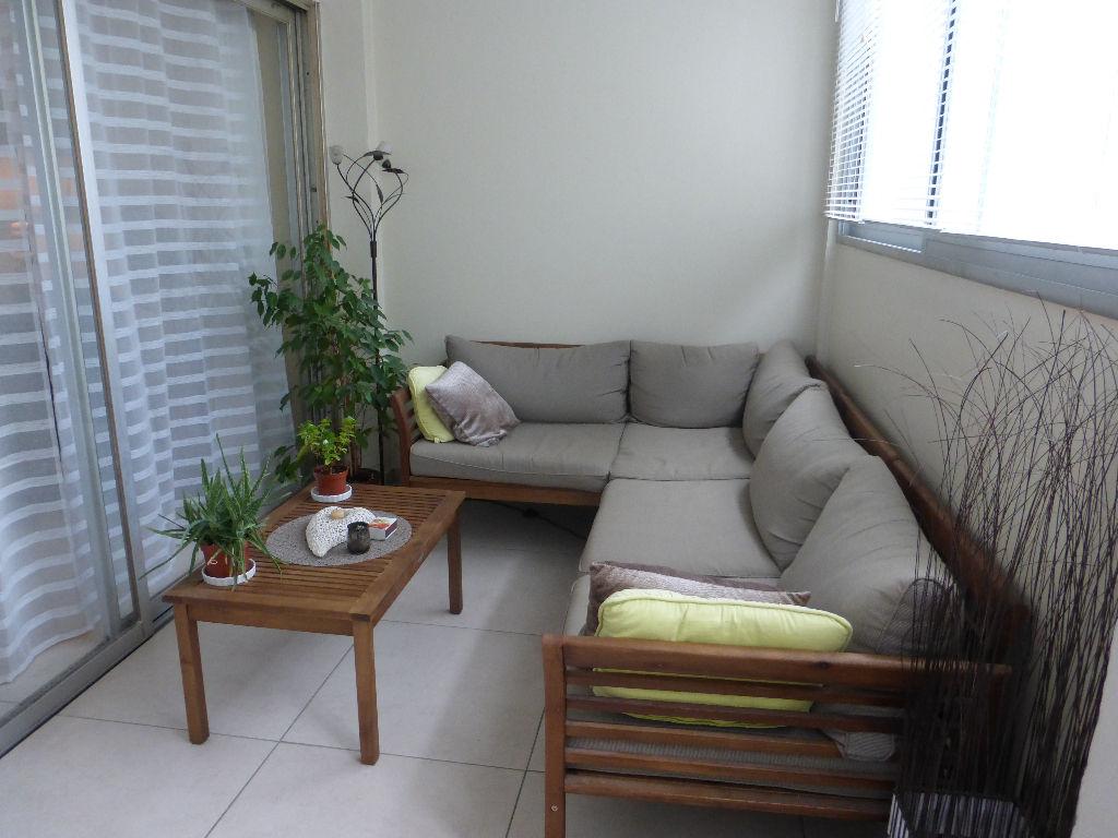 Vente appartement Toulon 4 pièces rénovées - Résidence sécurisée
