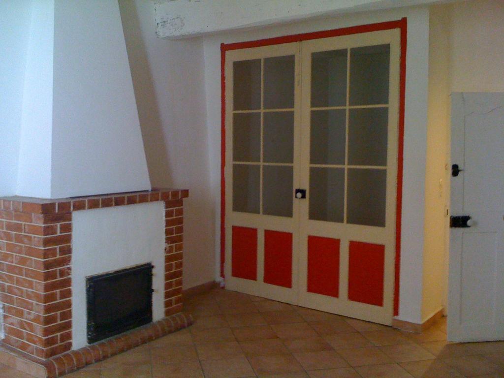 Un appartement de Type 2 de 60 m2 - 83870 SIGNES