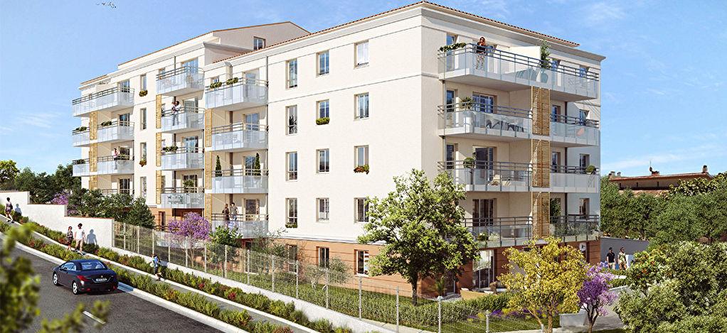 Toulon Ouest, Valbertrand, Appartement 3 pièces + terrasse + parking.