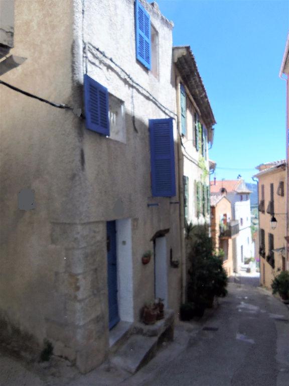 Maison de village La Cadiere d'Azur T3 de 50 m² Au calme et au centre