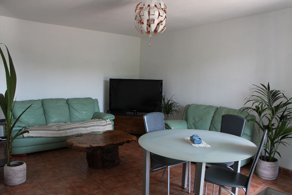 Appartement T2 LA Seyne - Terrasse + parking Idéal investisseur