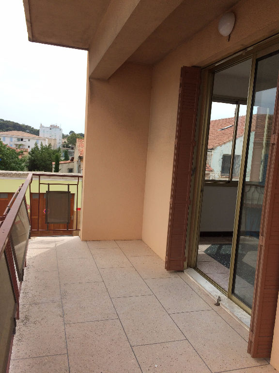Appartement T4 de 90m² avec terrasse et box à LA SEYNE SUR MER