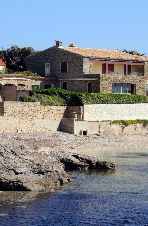 Villa Six Fours Les Plages 6 pièces accès et vue mer (83140)