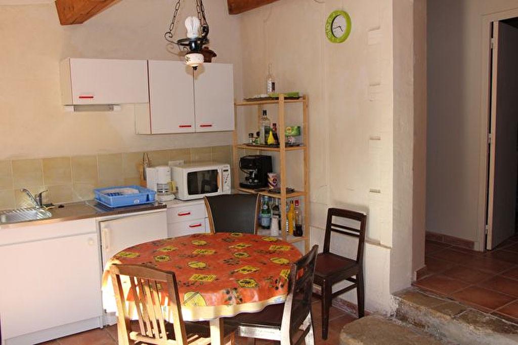 Villa Ollioules 3 pièces de 35 m² - Agrandissement possible - Travaux à prevoir