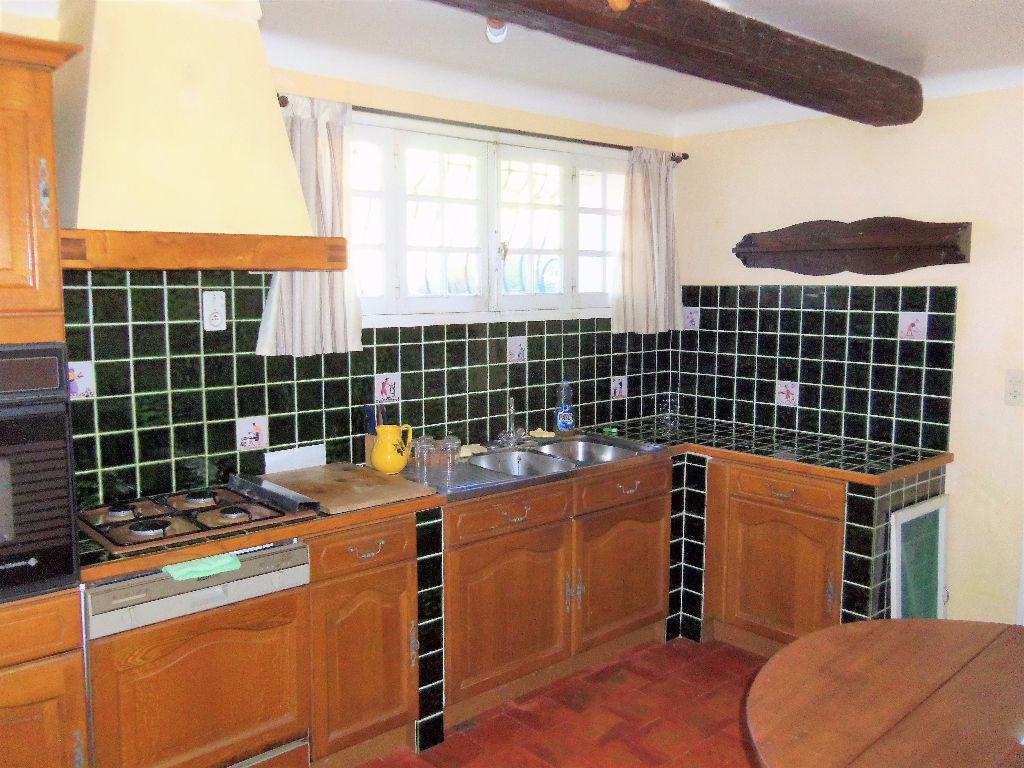 Maison La Cadiere D Azur 8 pièce(s) 180 m2 - 5 chambres