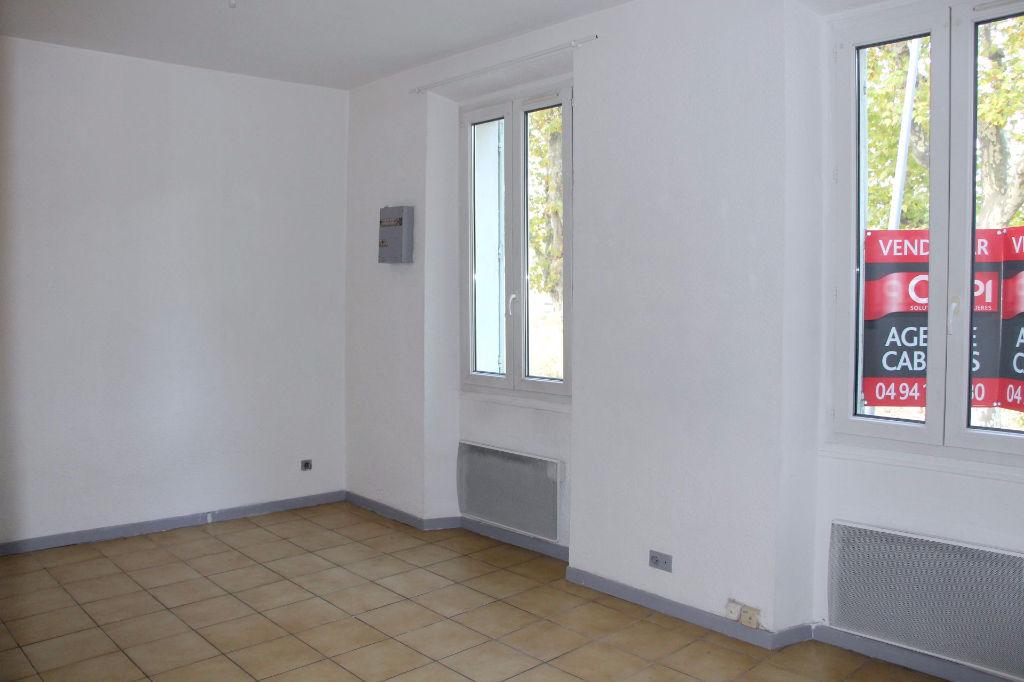 Appartement  2 pièces Sainte Anne d'Evenos - Vue dégagée et proche commodités