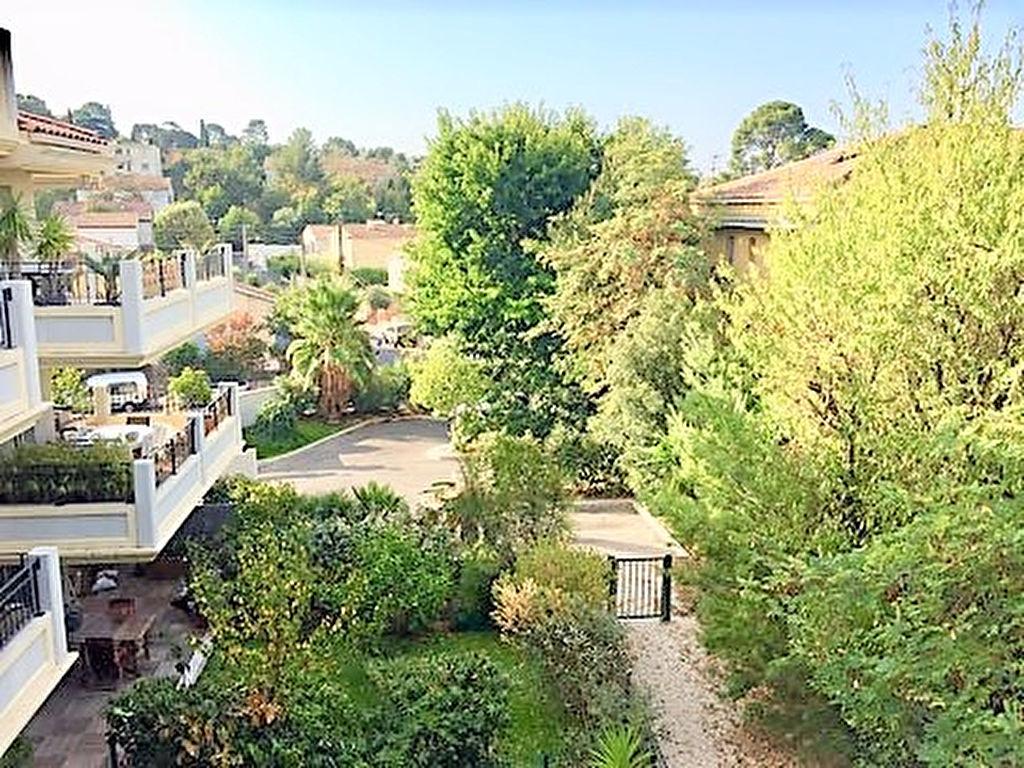 Appartement Toulon Cap Brun T3 de standing avec grande terrasse