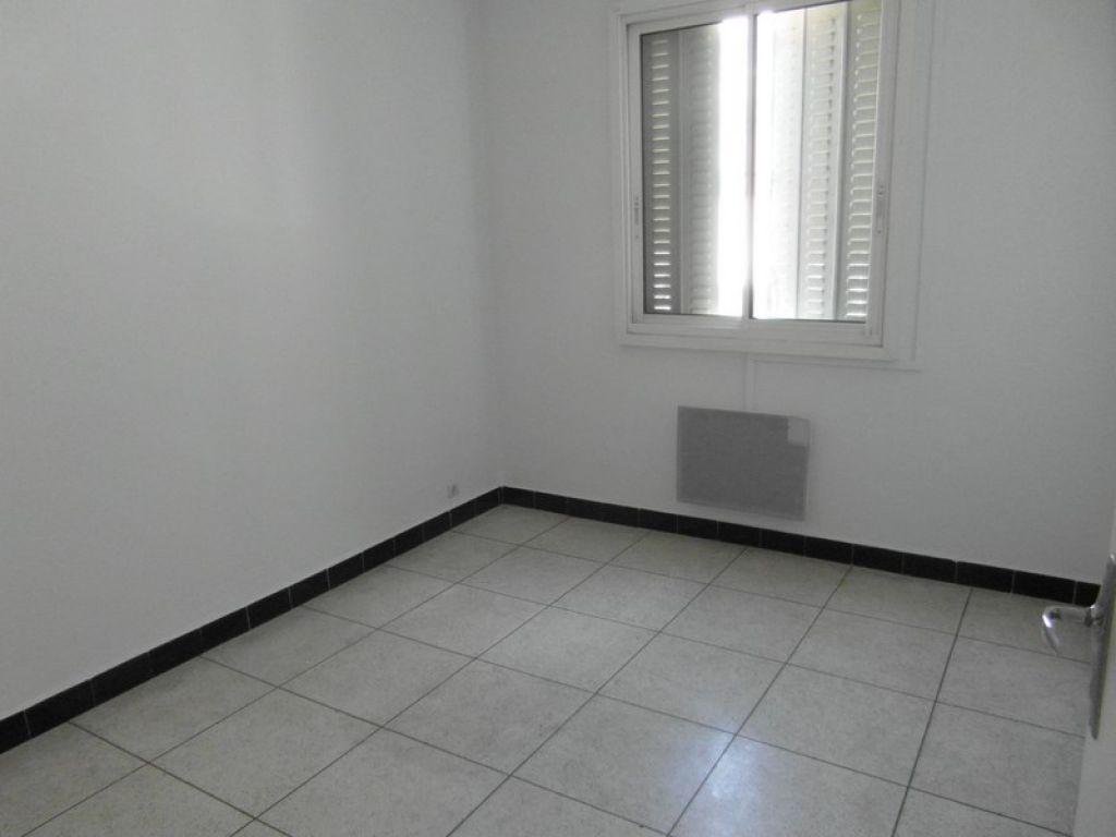 Appartement Toulon 3 pièce(s) 55 m2 avec cave et balcon
