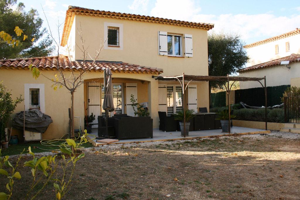 Maison T4 LE CASTELLET