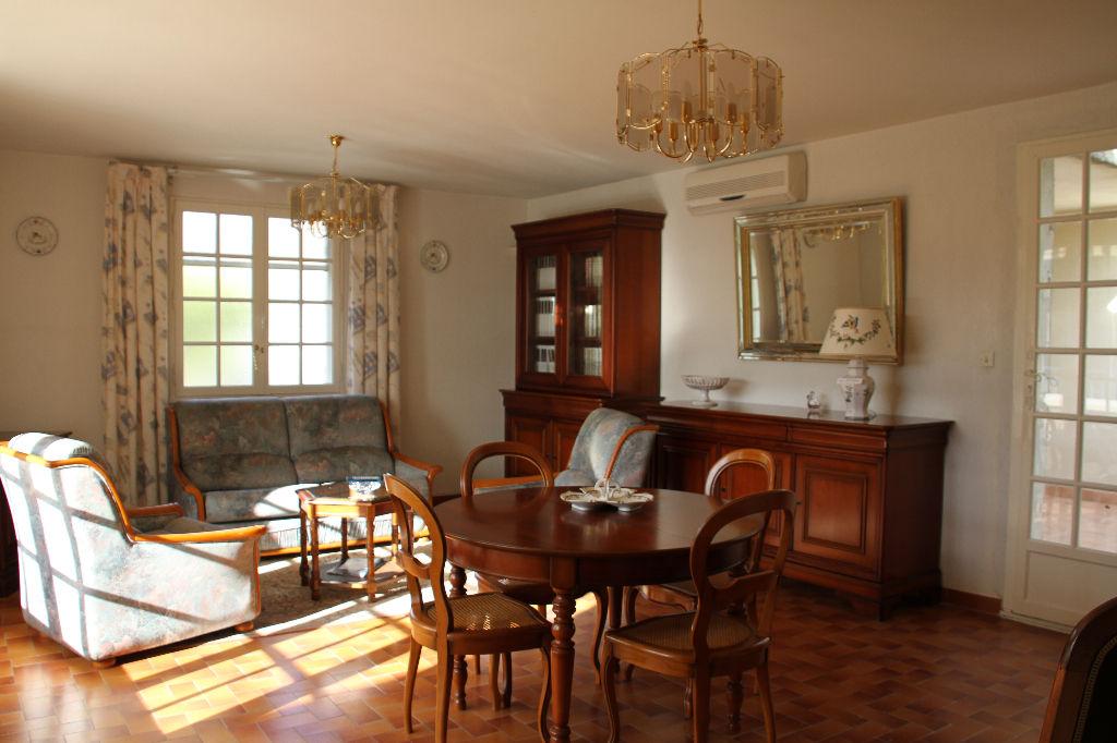 Vente villa Bandol 7 pièces de 150 m² - Construction traditionnelle