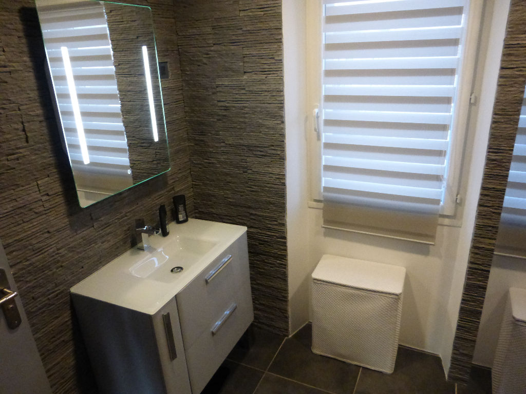 Appartement Toulon 2 pièce(s), haut de villa rénové et contemporain