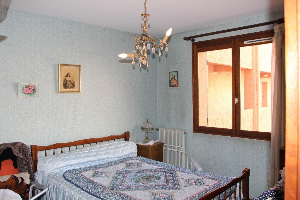 Vente Centre ville Appartement Ollioules 79 m2 hab.