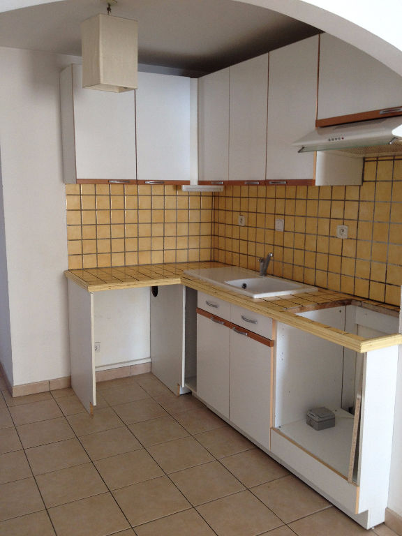 Location appartement T3 - 83190 OLLIOULES