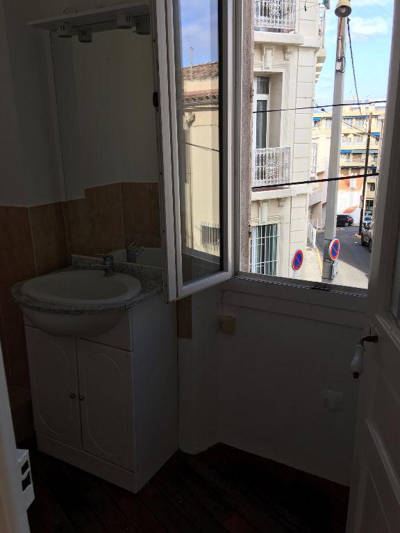 A louer appartement T2 au Mourillon Toulon - Entièrement rénové