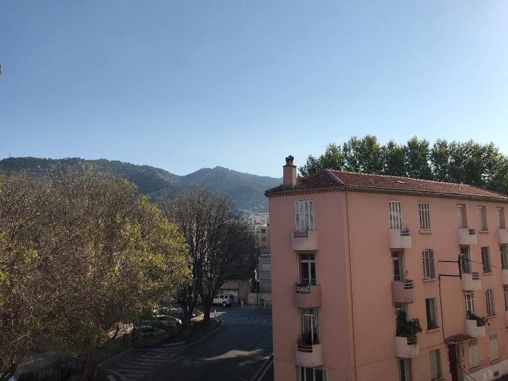 Appartement T3 de 56m² avec balcon et cave - Toulon/Pont du Las