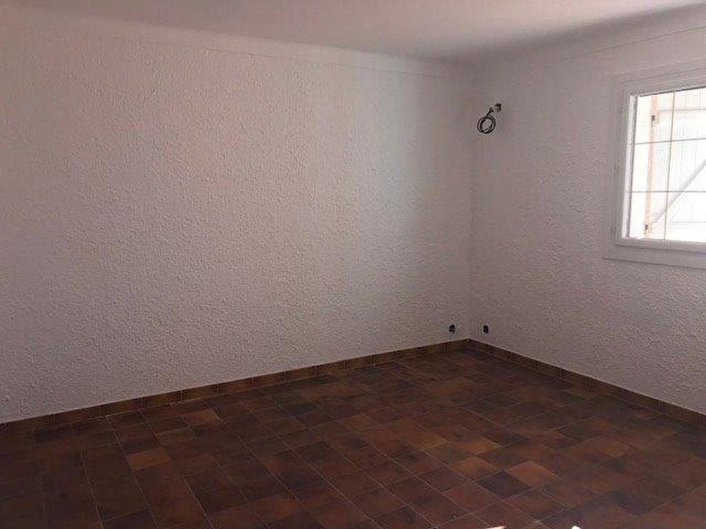 Location Maison Ollioules 3 pièce(s) 130 m2