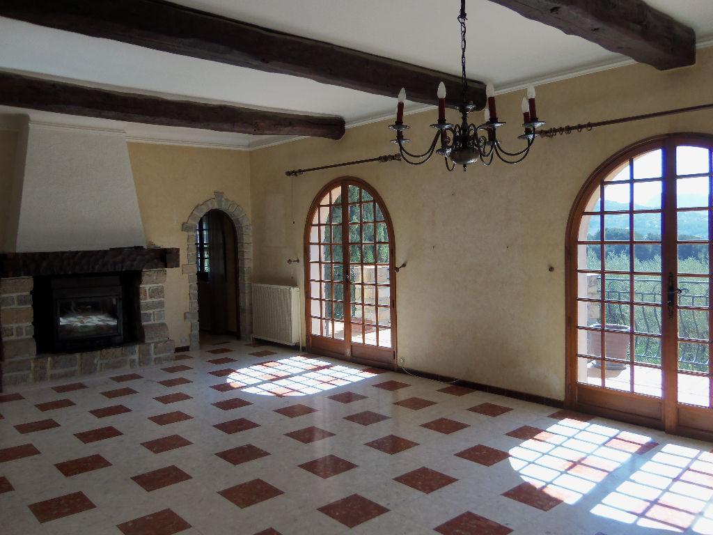 Vente villa La Cadiere D'Azur 6 pièces de 140 m² - Position dominate