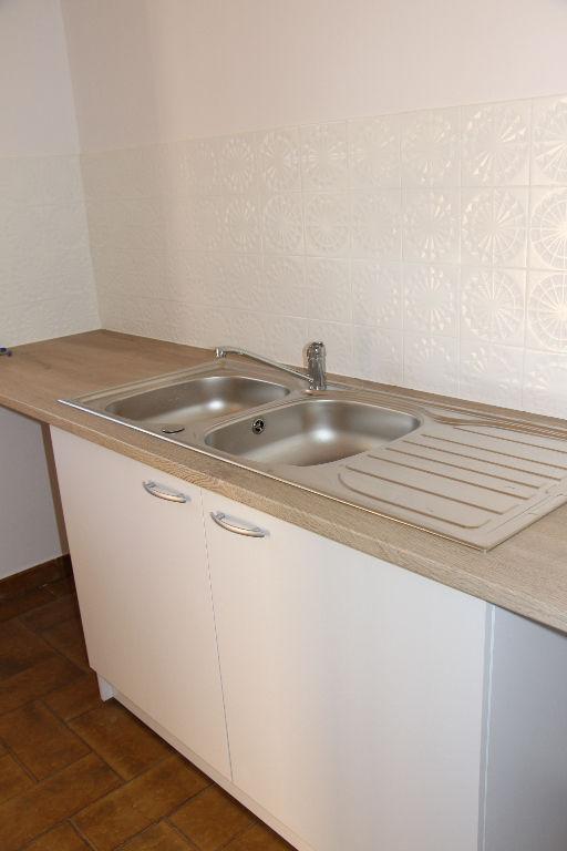 Vente studio Sanary Sur Mer 1 pièces de 27.85 m² - Au calme - 1 km du port et des plages