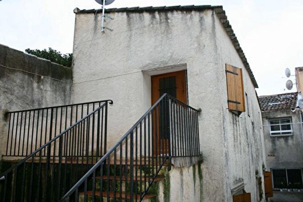Pour investissement locatif au BEAUSSET vente d'un ensemble immobilier (maison de village + maison indépendante)