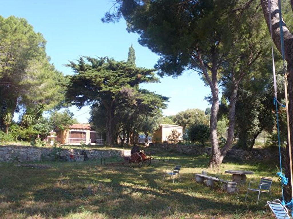 Vente villa de plain-pied Ollioules 6 pièces 116 m² - Vue Rade